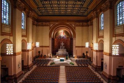 Creative Use of ICONYX Gen5 Loudspeakers Works Wonders at Saints Peter and Paul Cathedral