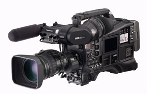 PANASONIC'S DEVELOPMENT OF IN-CAMERA CHROMATIC ABERRATION COMPENSATION HONORED WITH AN EMMY® AWARD FOR  TECHNOLOGY & ENGINEERING ACHIEVEMENT
