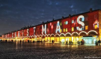Exceptional spectacle lights up Italian square with 230m video mapping