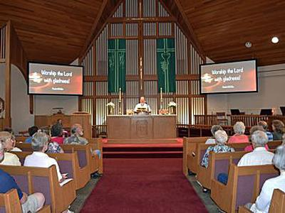 Eiki Laser Projection Technology Brings Clarity of Message to Calvary Lutheran Church ELCA