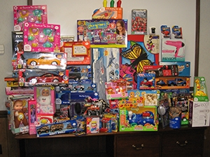 Milestone Donates More than 400 Toys to Charity