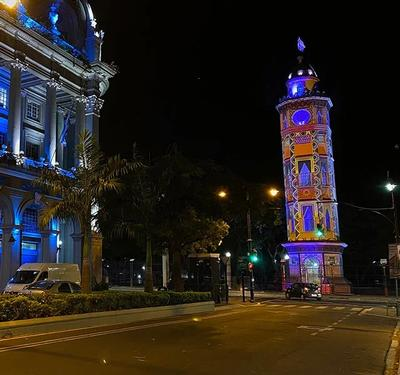 Projection mapping celebrates Guayaquil's independence