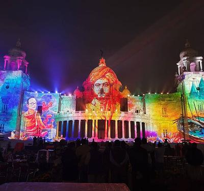 Christie projectors illuminate Victoria Memorial