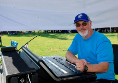 Earthworks SR20 Delivers Studio Quality Sound on Stage for The Huck Finn Jubilee Bluegrass Music Festival