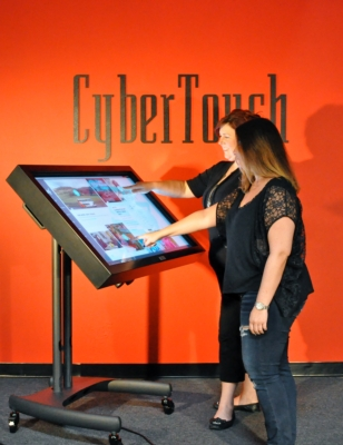 CyberTouch Announces Mobile MultiTouch Table - Mono Mobile