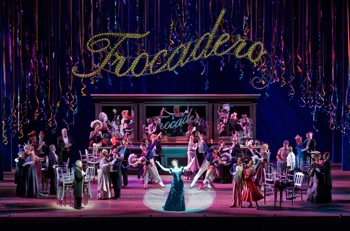 Lyric Opera of Chicago Chooses Meyer Sound Line Arrays for its Tribute to American Theatre