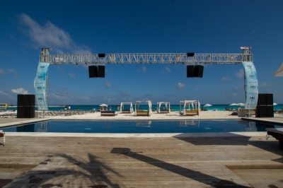 Community Provides the All-Weather Club Sound Solution for Mandala Beach Club