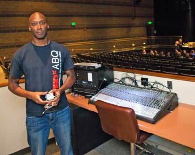 """LECTROSONICS WIRELESS TECHNOLOGY HELPS TEDXABQ 2013 EVENT TO """"BE EXTRAORDINARY"""""""