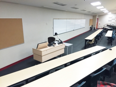 College Adopts Exact DS-700 as Standard for Lecture Halls