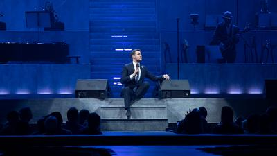 Innovative Meyer Sound LEO Family Configuration Makes Closer Better for Michael Bublé and Fans
