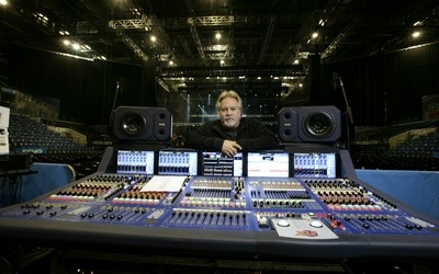 Midas XL8 and KT DN9696 duo on Gloria Estefan's farewell tour