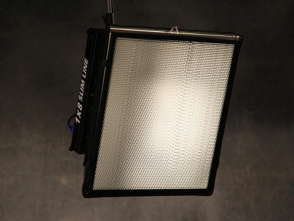 Mac tech led lighting 1 x 8 slim line 24vdc dmx dimming