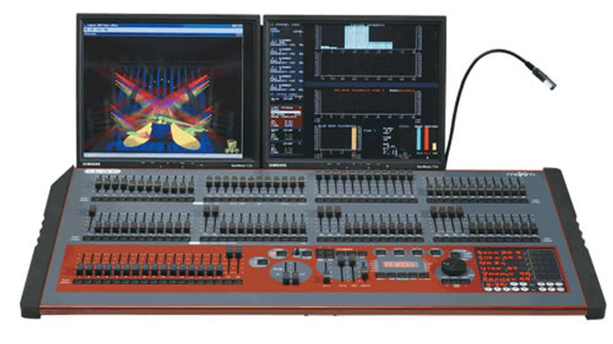 maXim XL | maXim Lighting Control Console | LSC Lighting Systems ...
