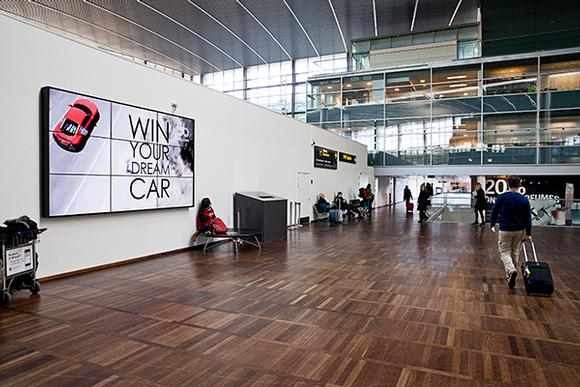 Digital Signs Go Up, Up and Up in Scandinavian Airport