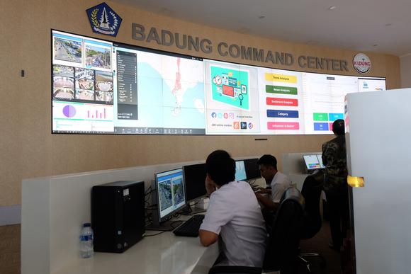 Smart city data at Badung Command Center, Bali, flows with accuracy and efficiency thanks to Barco solutions