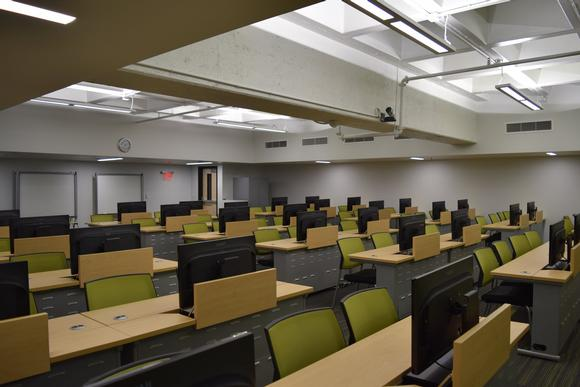 Innovative furniture redefines multipurpose room at space-restricted medical school