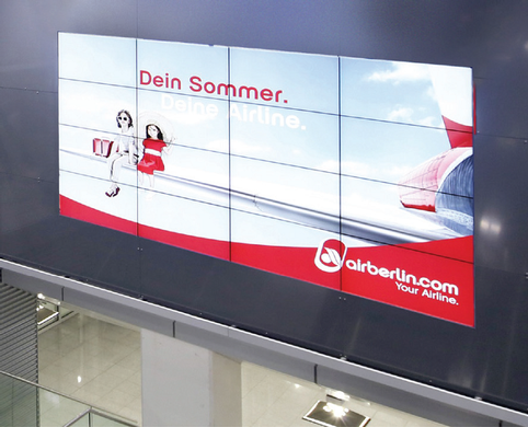 NEC Display: Dusseldorf Airport