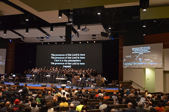AV alignment brightens Dallas-area church