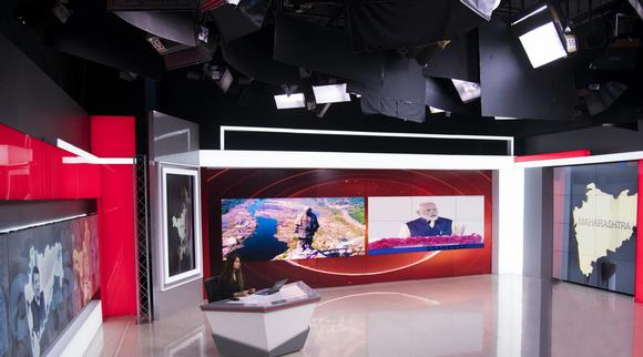 Informing Audiences with Barco Unisee's LCD Video Wall