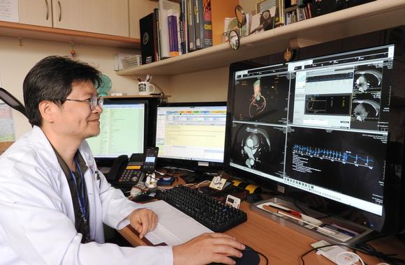 Barco displays help radiologists work more efficiently and accurately, both at the Kaohsiung Veterans General Hospital and remotely