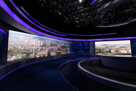 Powerful images and easy maintenance backdrop for Korean TV
