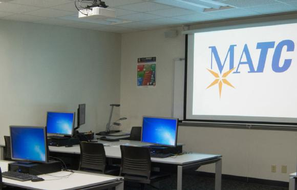 Casio LampFree projectors help this technical college dramatically reduce wasted staff time