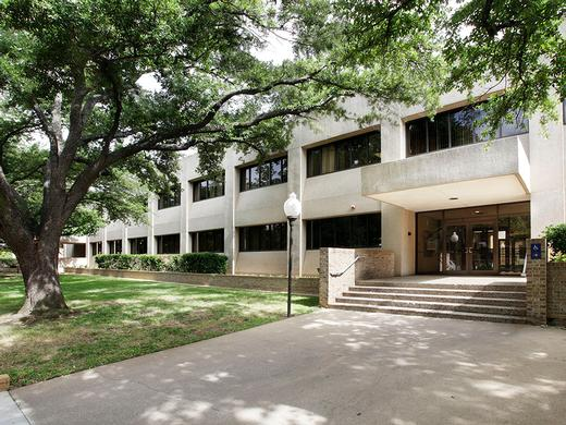 University of Texas Arlington - Dallas, TX