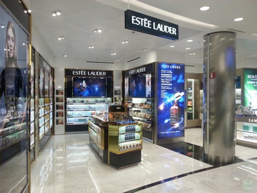 Chief Helps Give Estee Lauder Location a Makeover